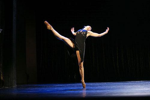 3-Ballett-Kontakt-Bewitched