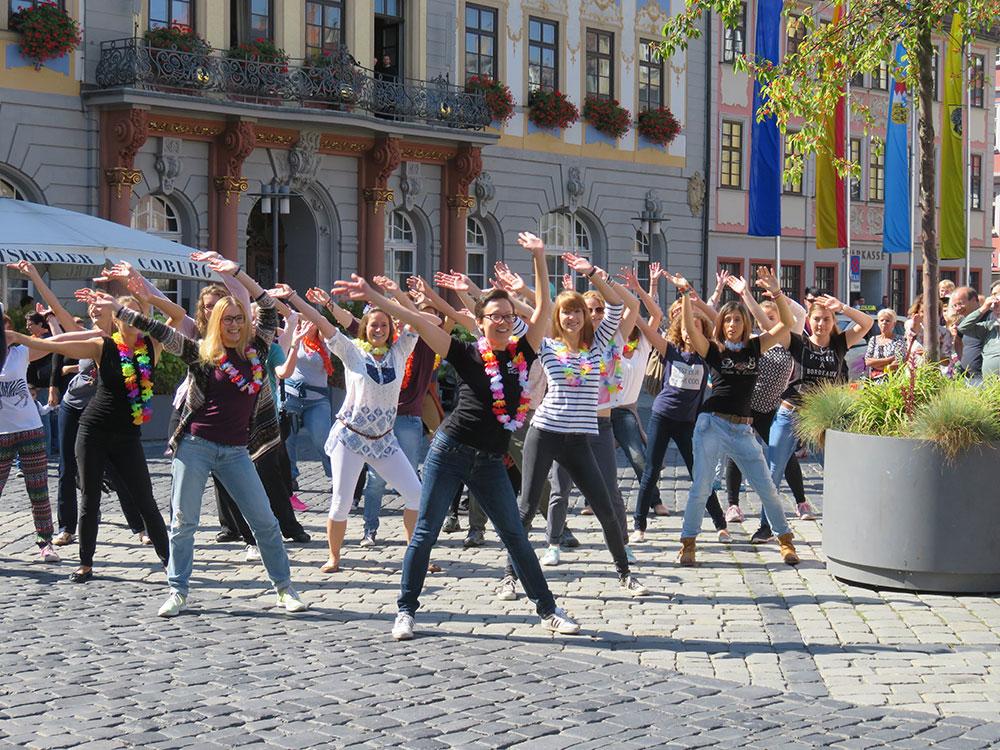 Musical Flashmob auf dem Marktplatz Coburg